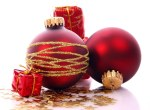 christmas-baubles-red